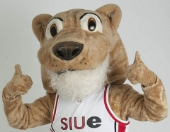 SIUE Mascot Corey the Cougar